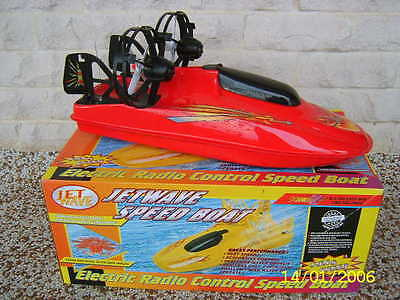 Jetwave Electric Radio Control Speed Boat As New In Box