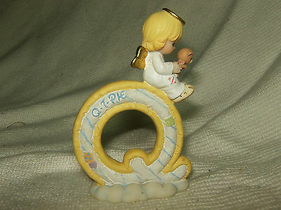 """New Old Stock 2002 Precious Moments Letter """"q"""" Q T Pie Hard To Find"""