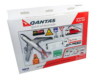 Qantas Boeing 747 Airport Toy  Diecast Play Set #8551