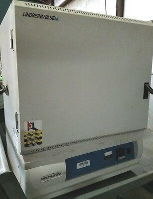 Lindberg Blue Oven Lab Laboratory Haeating Oven Model 1420A