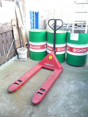 Pallet Truck  2.0 Tonnes  Clarke In Good Used Condition