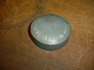 USED Fuel Cap for John Deere A-70, 80, 820, 830  Tractor