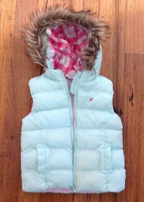 Girls Hoodie Jacket Vest. Size 5-6. Great Condition.