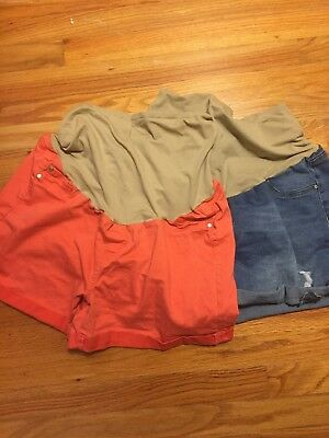 Lot Of 2 Maternity Shorts, Size XL