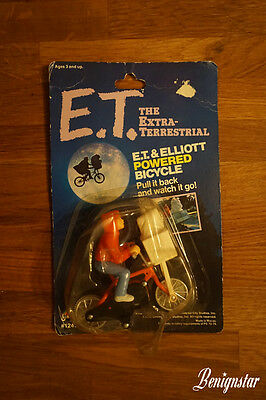 E.T. The Extra Terrestrial and Elliot Powered Bicycle 1982 LJN