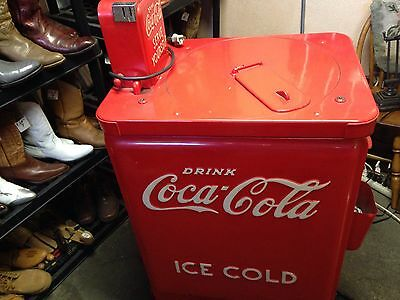 Coca Cola JR Classic Vendo Machine Vintage