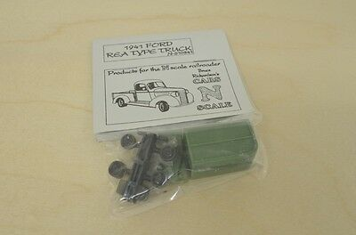 Bruce Richardson N510341 N Scale 1941 Ford REA Type Truck