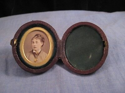 Lovely Antique Victorian Miniature Colour Portrait Photo Frame Pocket Case Box