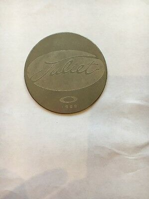 BRAND NEW RARE OAKLEY X metal Juliet collectors coin 1999