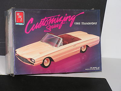 Amt Customizing Series  #6833 1/25 1966 Ford Thunderbird F/s