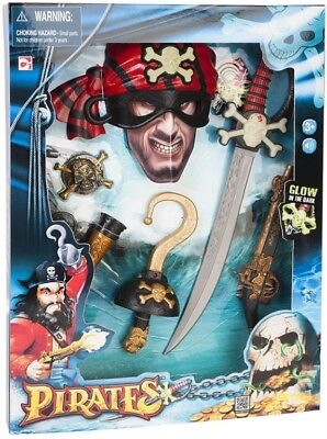 NEW Pirates Deluxe Playset from Mr Toys