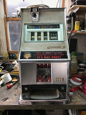 Sega Continental 10 Cent Slot Machine - Alfred E Neman (MAD)