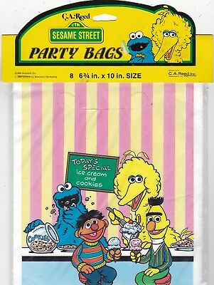 FuN Vintage 8 Plastic Treat Party Bags Sesame Street C.A. Reed New