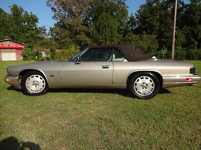1996 Jaguar XJS 2+2 convertible '96 Jaguar XJS Convertible n Great Condition, Ready for the Fall cruising season