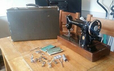 vintage singer 201k sewing machine in leather case with Accessories and manuals