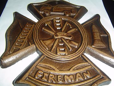 Maltese Cross Wall Plaque
