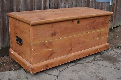 Large Antique Stripped Pine Blanket Box Chest Trunk Coffee Table Gorgeous