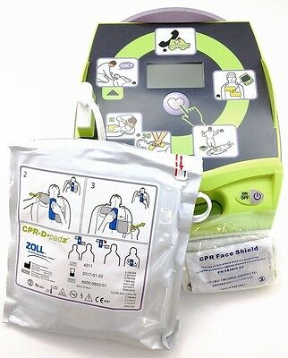 NEW ! ZOLL AED PLUS Automated External Defib. w/Pads, Batteries, Carry Case