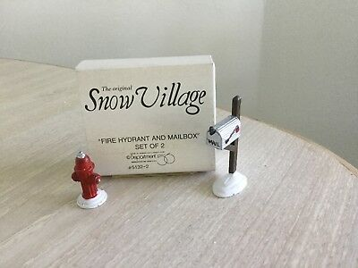 "Dept 56 Snow Village ""Fire Hydrant and Mailbox"""