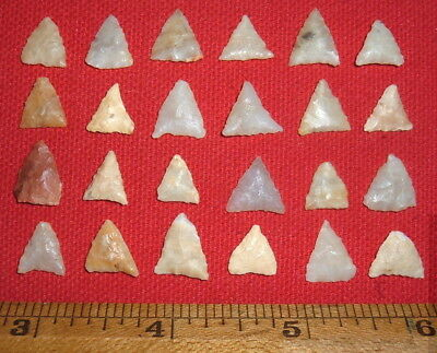 (24) Select Mini Sahara Neolithic Triangle Points Prehistoric African Arrowheads