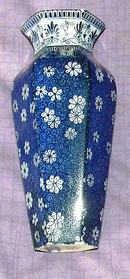 Shelley Cloisello Hexaganol Shaped Vase Very Rare