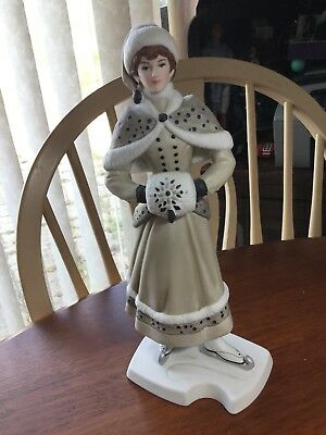 Avon 2014 Mrs. Albee Award, Winter, Ice Skating, 10-1/2 Inches Tall, Porcelain