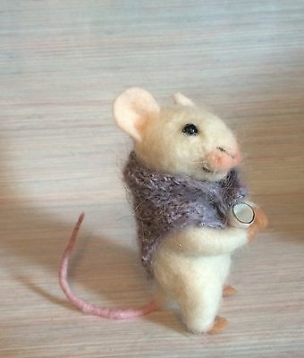 Needle Felted Mouse Tea Cup Magic Art Wool New