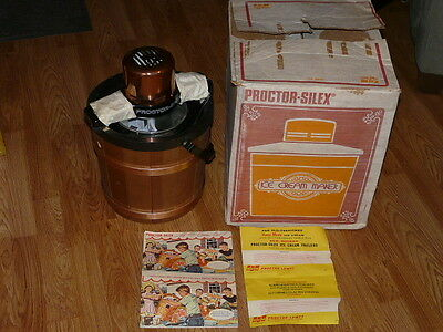 Vintage New 1970's Proctor Silex 4 Qt Electric Ice Cream Maker with Original Box