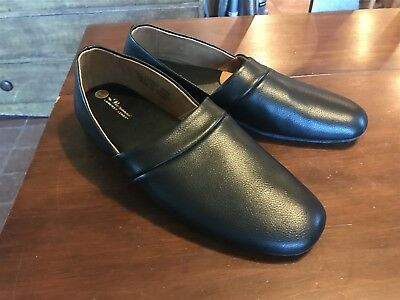 Men's Vermont Country Store Black Leather Scuff Slippers NWOT Size 11M