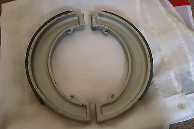 "Bsa A10/a65 8"" Front Brake Shoes F/w Hub Models"