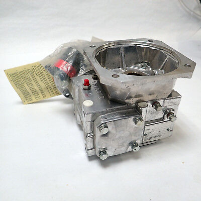 NEW ELECTRA-GEAR RIGHT ANGLE GEARBOX 21RHGC510C/Q RATIO:10/1 NOS, w/COUPLER