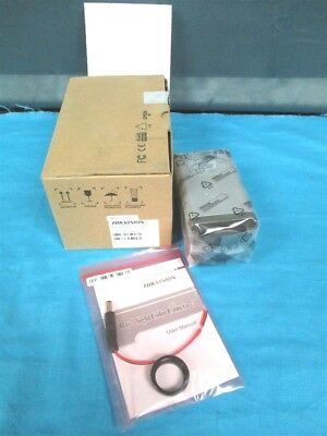 NEW HIKVISION Color Security Camera CCD 540TVL Day/Night WALHX-WALDS2CC1