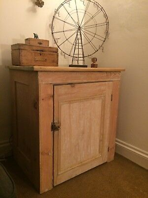 Vintage Antique Victorian? Wood Pine Laundry Cupboard Cabinet Sideboard Tv