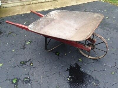 Antique All Metal Wheelbarrow Iron Spoke & Wheel