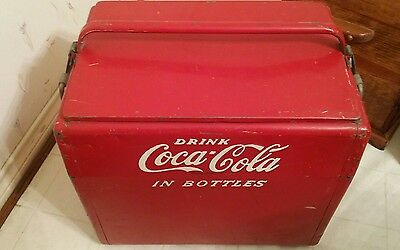 1950's OLD  CAVALIER  COCA-COLA  COOLER  ICE  CHEST  W/TRAY,  BOTTLE  OPENER