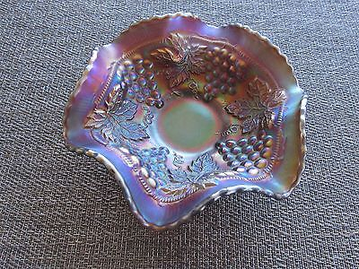 Small Northwood Grape & Cable Ruffled Berry Bowl Amethyst CARNIVAL Glass