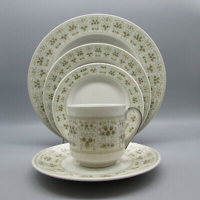 20pc SET - Royal Doulton China SAMARRA Service for Four