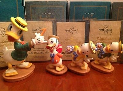 Disney Collector Society - Classics Figurines - Mr. Duck Steps Out-60th BdaySET.
