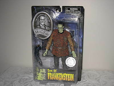 Toys R Us Exclusive Diamond Select Universal Monsters Son of Frankenstein Figure