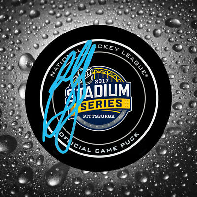 Ron Francis 2017 Stadium Series Autographed Official Game Puck Pittsburgh Pengui