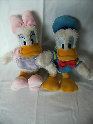 """lovely Disney parks Donald duck & Daisy duck soft toys approx 10"""" tall with tags"""