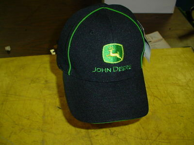 John Deere Cap Hat - NEW WITH TAGS -------- STRETCH FIT