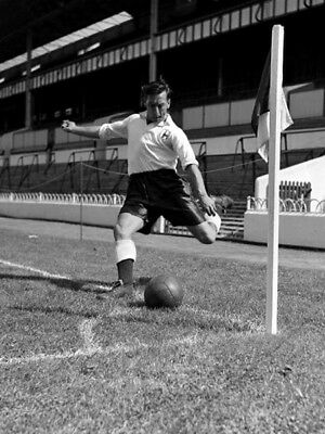 TOT-080 : 8x6 PHOTO - TOTTENHAM 1953 GEORGE ROBB