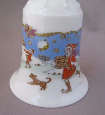 Hutschenreuther Riverland Christmas Porcelain Bell Ornament Germany 1990