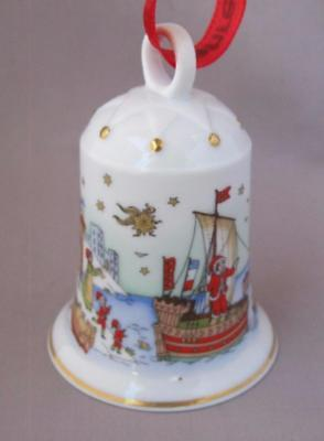 Hutschenreuther Hanseatic Town Christmas Porcelain Bell Ornament Germany 2002