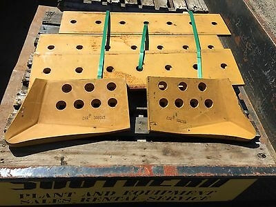 Cutting edges suit Caterpillar D7G dozer