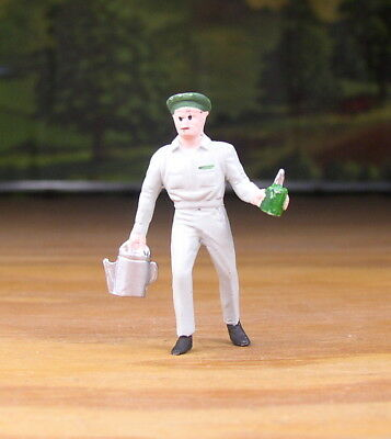 Pewter Railroad Figure People Gas Station Attendant O - S Scale Train Layouts
