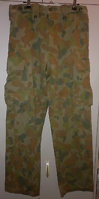 Vintage  Mens Camoflage Pants  Good Condition