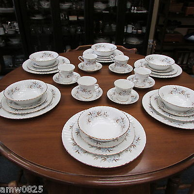 ROYAL STANDARD DAWN DINNER WARE SET 36 pc SERVICE FOR 6 FINE BONE CHINA ENGLAND