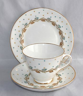 1940s Royal Doulton Trio H4864 - Leaves & Polka Dots